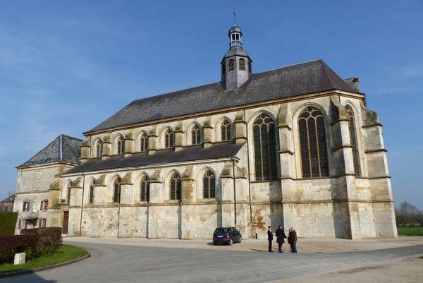 Crédits image : Église Saint-Pierre © Office de tourisme du pays rethélois