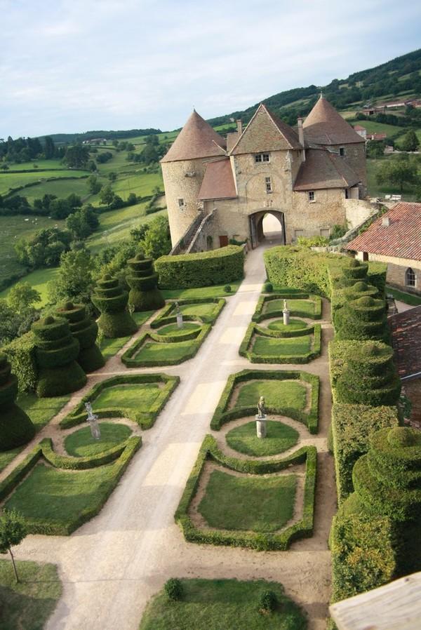 Rendez Vous aux Jardins 2018 -Jardin de la forteresse de Berzé-le-Châtel