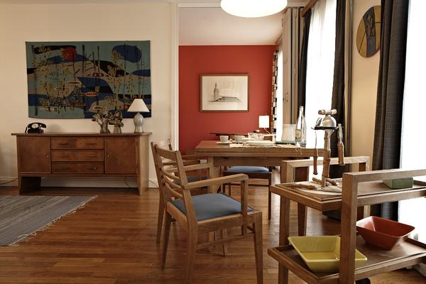 exposition. Black Bedroom Furniture Sets. Home Design Ideas