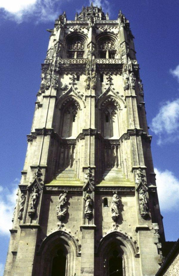 Crédits image : © Tour de l'église Sainte-Madeleine