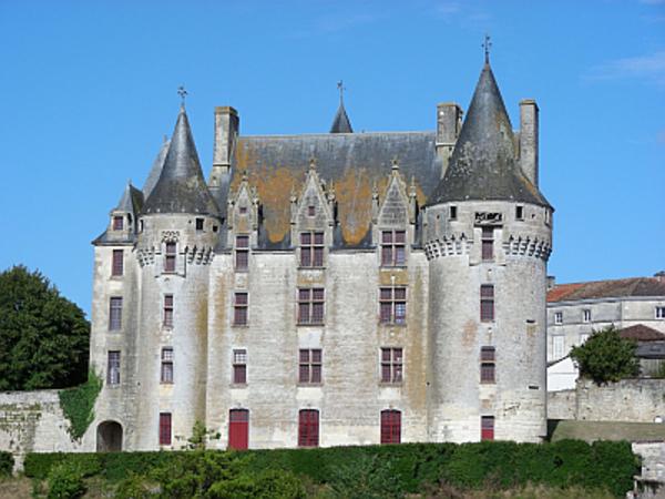 Crédits image : © Mairie de Neuvicq-le-Château