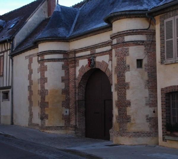Crédits image : Office de tourisme de Joigny et du Jovinien