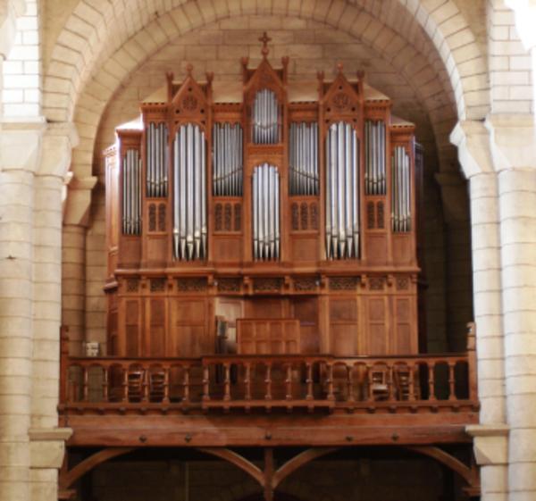 Crédits image : © Église Saint-Hilaire-le-Grand