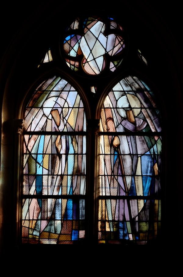 Crédits image : Eglise Notre-Dame de Brevoines, vitrail Jean Favre 1993 © S. Riandet, service Patrimoine de la Ville de Langres.