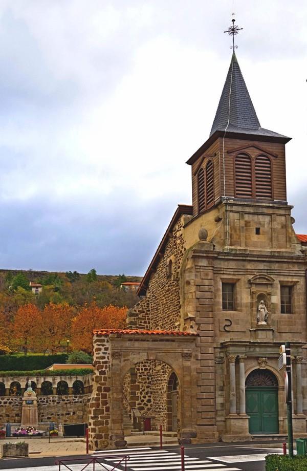 Crédits image : Eglise Saint Vozy - Mairie
