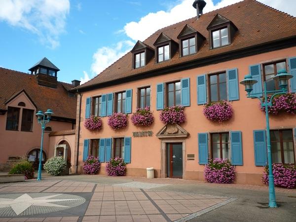 Crédits image : Bollwiller - La Mairie - © Société d'Histoire de Bollwiller
