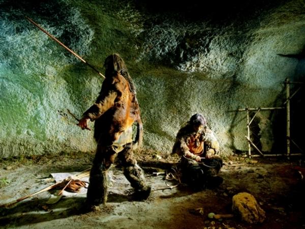 Crédits image : Photo : reconstitutoin d'un campement de chasseurs©Sémitour Périgord