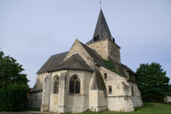Crédits image : L'église saint-Hilaire de Scorbé-Clairvaux © Claude Lanson