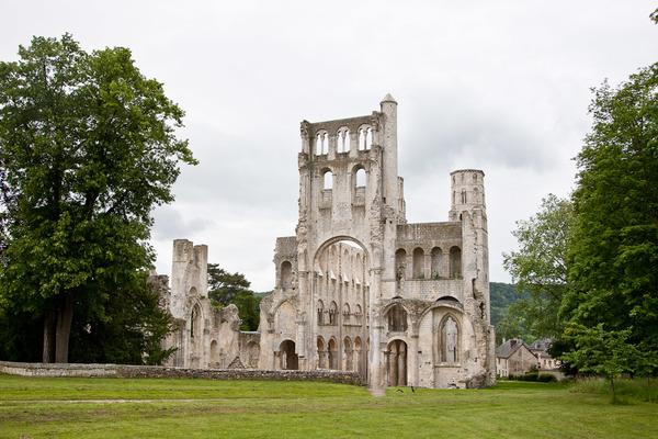 Crédits image : Abbaye de Jumièges