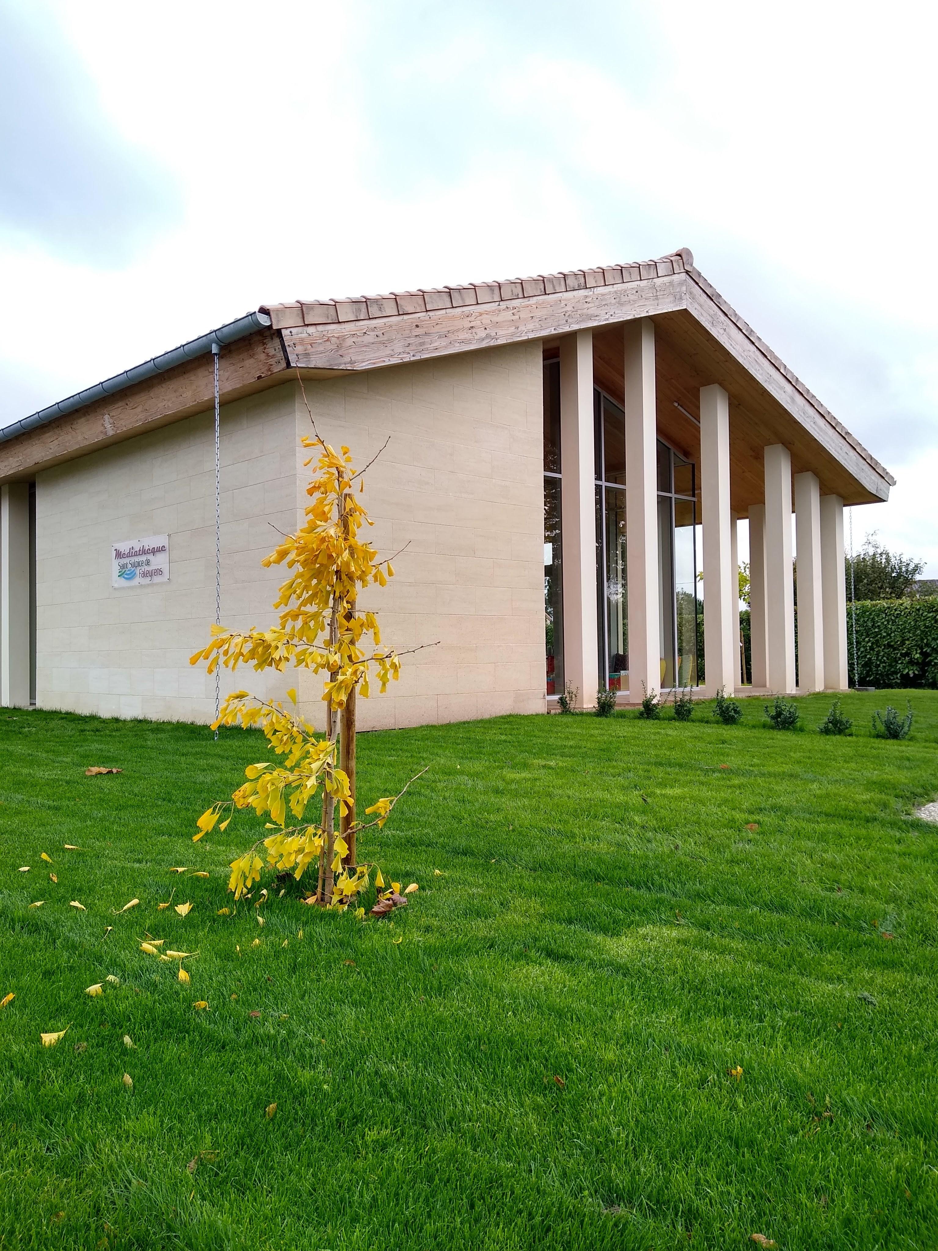 Médiathèque de Saint-Sulpice-de-Faleyrens