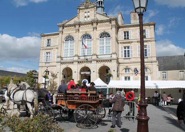 Journées du patrimoine 2017 - Visite libre de l'hôtel de Ville