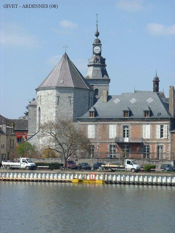 Crédits image : Église Saint-Hilaire © Ville de Givet