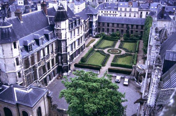 Journées du patrimoine 2017 - Visite libre des jardins, de la salle des Etats et de la chapelle d'Aubigné