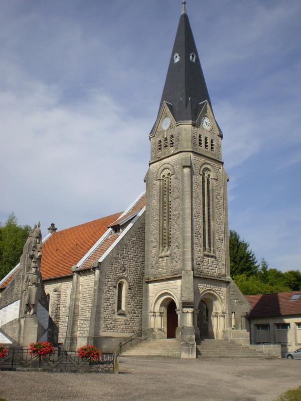 Crédits image : Église Saint-Marcel © Mr. Decheppe Michel