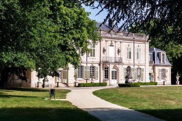 Crédits image : Le château de Montaigu, façade principale © Régine DATIN – Métropole du Grand Nancy 2018