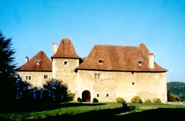 Journées du patrimoine 2017 - Visite des extérieurs du vieux château de Voissant