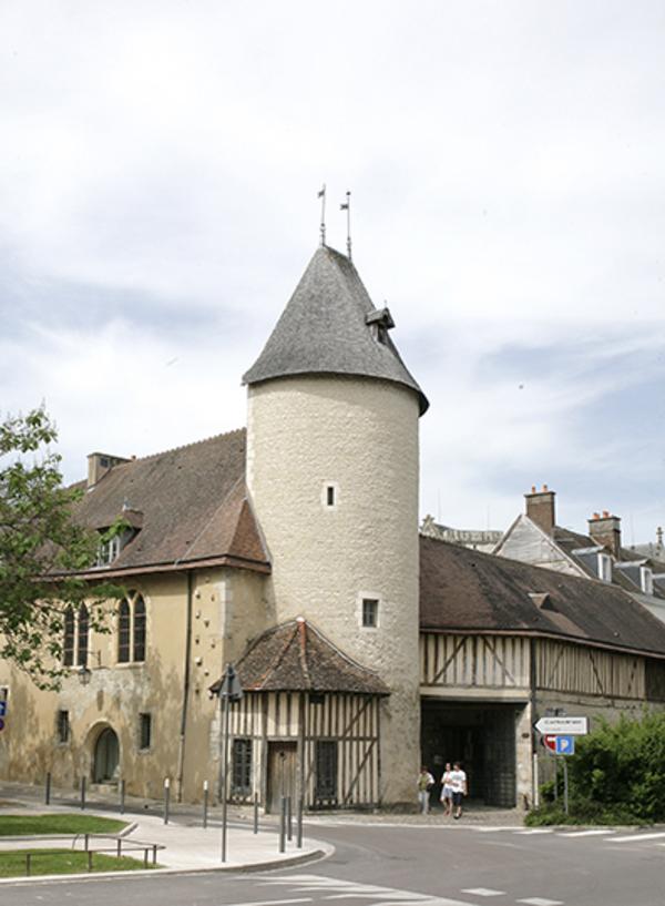 Crédits image : Crédit photo : Hôtel du Petit-Louvre - Carole Bell, Ville de Troyes