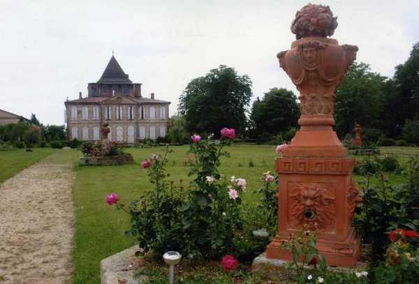 Journées du patrimoine 2017 - Visite guidée du Château de Larra
