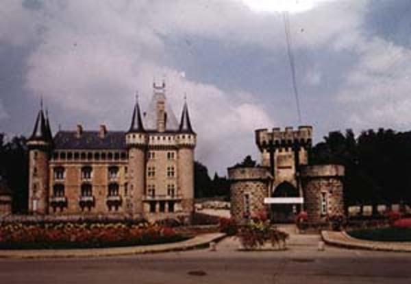 Journées du patrimoine 2017 - Venez visiter les jardins et la chapelle intérieure du château de La Clayette