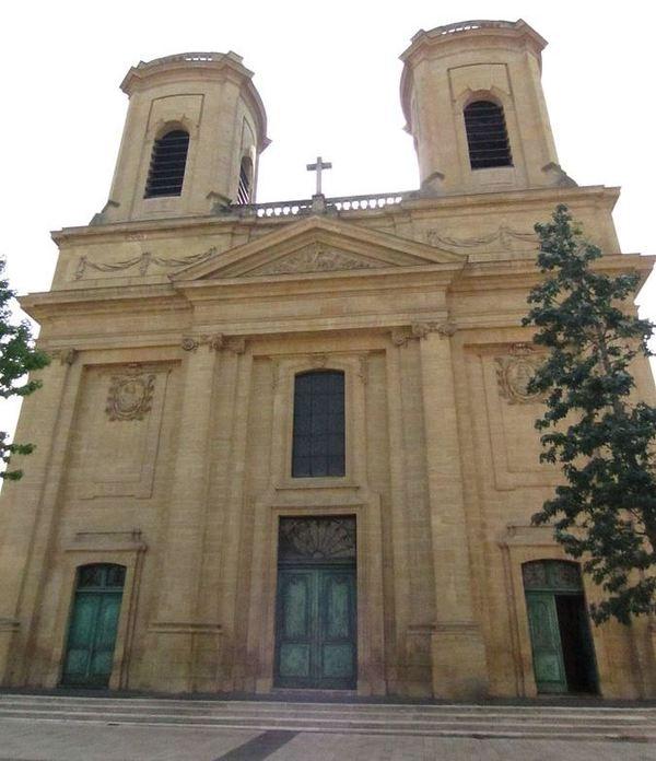 Crédits image : Église Saint-Maximin -Thionville - (c) Aimelaime wikimedia commons