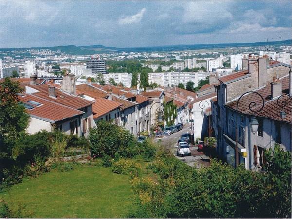 Crédits image : Danièle Verdenal (Vandoeuvre-lès-Nancy, tome 3, « un parfum de campagne »)