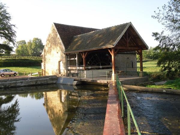 Crédits image : moulin de Lugny