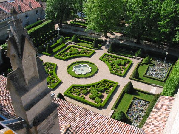 Rendez Vous aux Jardins 2018 -Jardin du cloître de l'église Notre-Dame